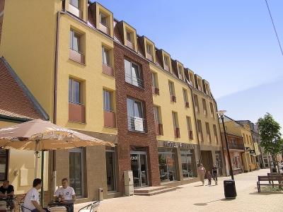 Hotel Eminent***, Stúpava